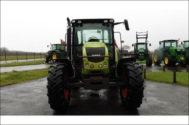 Tractor agricola Claas Arion 420 - 6